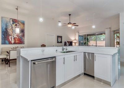 Cabinets - 11053 Harbour Yacht Court, Fort Myers, FL